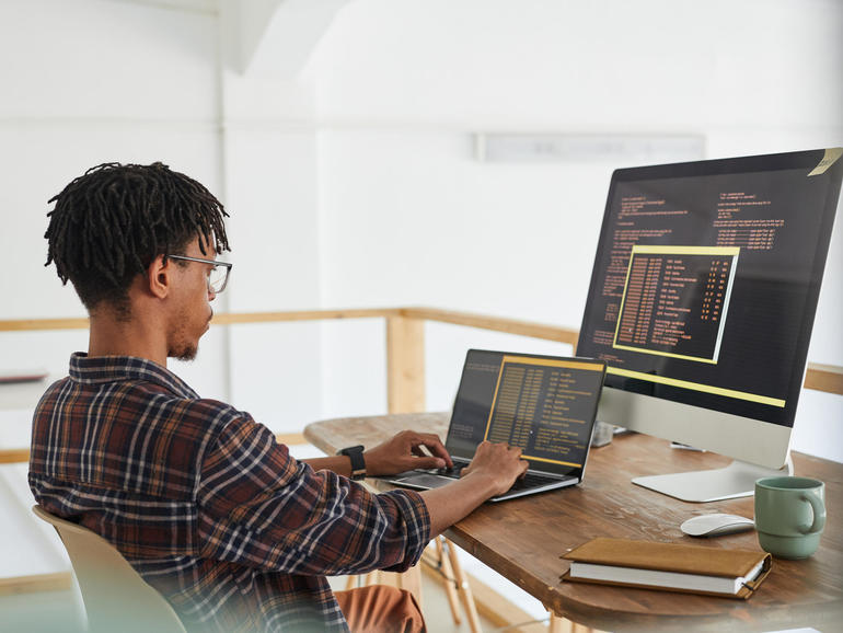 Rust programming language: We wish to take it into the mainstream, says Fb