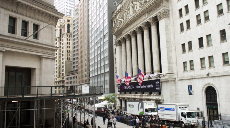 Stock market news live updates: Futures slide as earnings season gears up; Robinhood files to go public