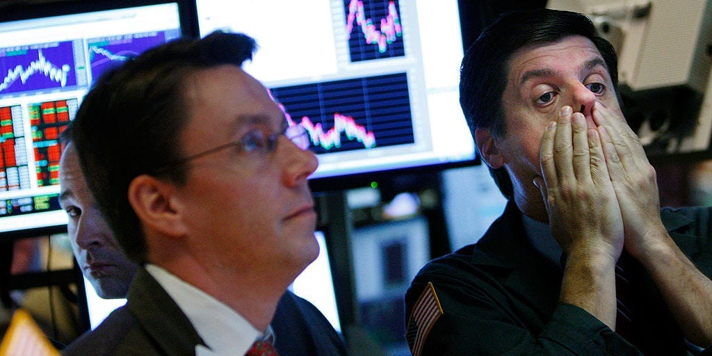 Stock Market Crash: S&P Could Drop 42%; 5 Market Risks: Kevin Smith