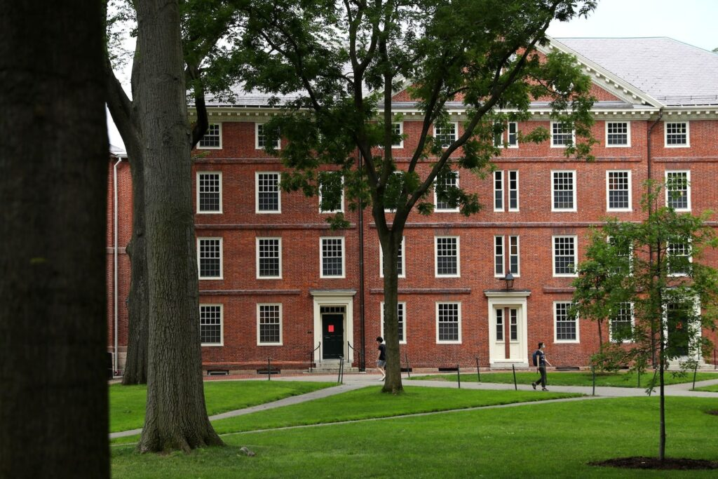 Harvard will divest from fossil-fuel industry, a victory for climate-change activists